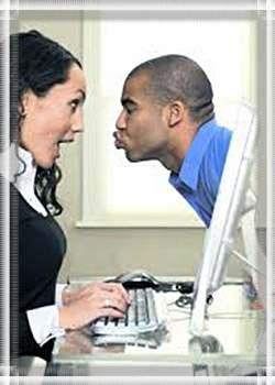 как начать знакомство с парнем через смс