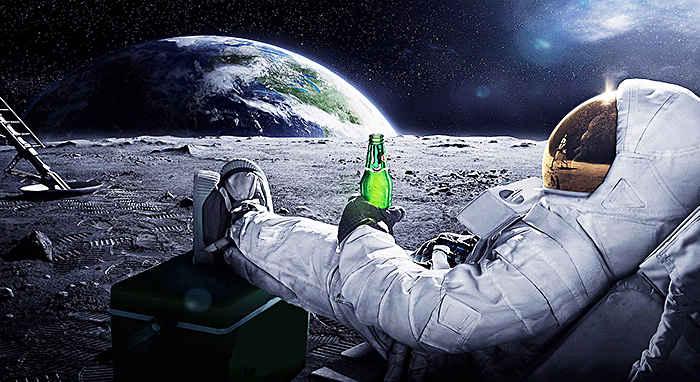 Первые туристы к спутнику Земли - Космический туризм